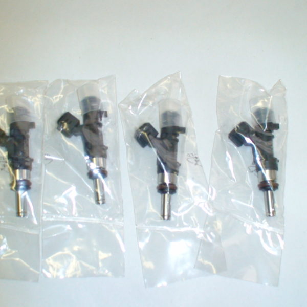 36LB GENUINE BOSCH UPGRADE CHEVY,FORD,DODGE SET OF 8 FUEL INJECTORS